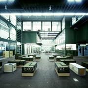 Культурный центр из морских контейнеров фото