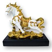 Статуэтка из искусственного камня Лошадь32 см*34 см*15 см фото
