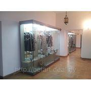 Музейные витрины, музейное оборудование, дизайн и оформление выставок фото