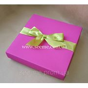 Коробка подарочная 150х150х30мм, цвет в ассортименте фото