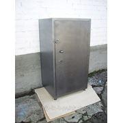 Шкафы и сейфа металлические фото