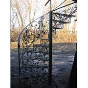Лестницы кованые от производителя фото