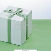Доставка упакованных подарков фото