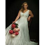 Изготовление плиссе-гофре полусолнце для свадебных платьев из ткани заказчика. Фото из Интернета. фото