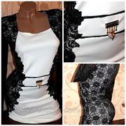 Трикотажное платье, отделка гипюр фото