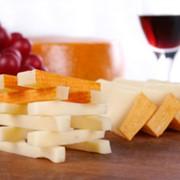 Сыр твердый Gruntal фото