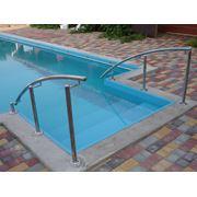 Лестницы и перила для бассейнов фото