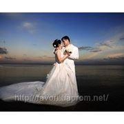 Прическа для невесты и жениха. Свадебный образ фото
