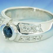 Кольцо, золото 585 или 750 пробы белого цвета с любыми драгоценными, полудрагоценными камнями фото