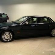 Автомобиль Jaguar XJ8 Executive Long 4.2 V8 219 kW