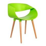 Стул TAPE, зеленый, деревянные ножки. фото