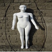 Манекены,кукла женская белая фото