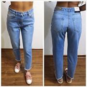 Женские стильные джинсы фото