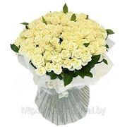 Романтическое поздравление. Рыцарь с цветами для Вашей любимой! фото