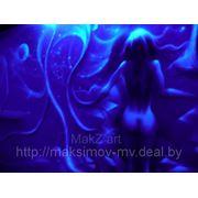 Флуоресцентная роспись в интерьере фото