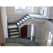 Лестницы деревянные,бетонные фото