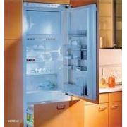 Установка и подключение встраиваемого холодильника фото