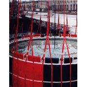 Водосливные устройства ВСУ-5 ВСУ-15 предназначены для забора транспортировки воды при помощи вертолета типа Ми-8 Ка-32 (ВСУ-5) Ми-26 (ВСУ-15) и ее слива над очагом пожара или вспециальные накопительные резервуары