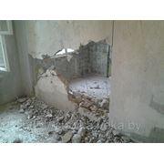 Разрушение бетонных стен, алмазная резка бетона, вывоз строительного мусора фото