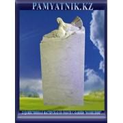 Ритуальные памятники из мрамора фото