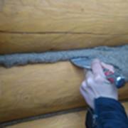Межвенцовый уплотнитель для сруба, конопатка швов фото