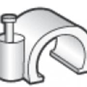Скоба для крепления кабеля фото