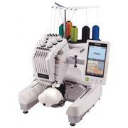 Одноголовочная шестиигольная вышивальная машина PR-650 фото