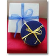 Доставка подарков и сувениров фото
