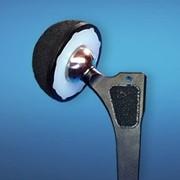 Эндопротез бесцементной фиксации (металл-полимер) фото