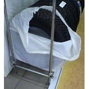 Мешки из полиэтилена для упаковки автошин, дисков. Упаковка для автомобильных шин и дисков. фото