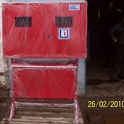 Шкаф пожарный приставной металлический с ящиком для песка фото