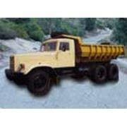 Грузовой автомобиль-самосвал модель КрАЗ-256Б1 (6х4) для использования на строительстве в карьерах и рудниках по дорогам с твердым покрытием и грунтовым дорогам фото