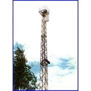 Антенные башни для телевизионной мобильной и других связей различных модификаций.Изготавливаются на базе металлических опор и металлоконструкций которые являются сборными на болтах практически без сварных узлов фото