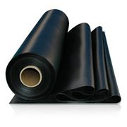 Плёнка полиэтиленовая чёрная строительная фото