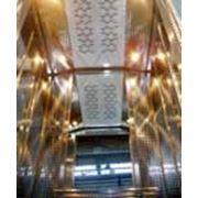 Пассажирские лифты выпускаются грузоподъемностью 225 300 320 400 450 500 630 1000 и 1275 кг со скоростью движения до 2 м/с. фото