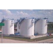 Резервуары вертикальные для хранения нефтепродуктов фото