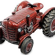 Скульптура-кашпо Красный трактор 37х21х27см. арт.GG-4440-MD Sealmark фото