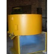 Бетоносмеситель для полусухих смесей объемом от 0.15 до 0.75 куб. Оборудование для производства бетонных изделий. Купить фото