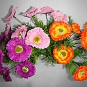 Искусственные цветы букет маргариток фото