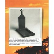 Одинарный гранитный памятник с крестом фото