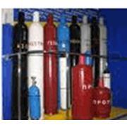 Газы технические: азот аргон ацетилен гелий двуокись углерода кислород медицинские газовые смеси медицинский кислород пищевые смеси пропан сварочные смеси. фото