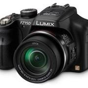 Фотоаппарат Panasonic Lumix FZ150 Black фото