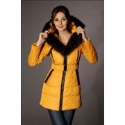 Пуховое пальто с кожаными вставками и мехом енота (мод. 105) фото