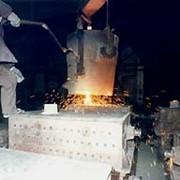 Производство литых деталей и отливок из чугуна и стали по чертежам заказчика развесом от 1 кг до 8 кг фото