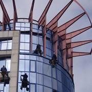 Мытье окон, фасадов- высотные работы фото