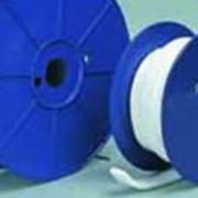 Самоклеющаяся лента из экспандированного фторопласта (тефлона, PTFE) для герметизации фланцевых соединений арматуры, трубопроводов, сосудов, аппаратов, а также их составных частей фото
