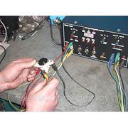 Проверторка реле регулятора напряжения на работоспособность специальным тестером фото