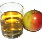 Фруктовые соки - яблочные с мякотью фото