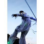 Ходулисты. Шоу ходулистов и флаг-шоу в Минске для любого мероприятия. Выезд в любуж точку Беларуси фото