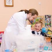 Невероятные эксперименты на День рождения ребёнка фото